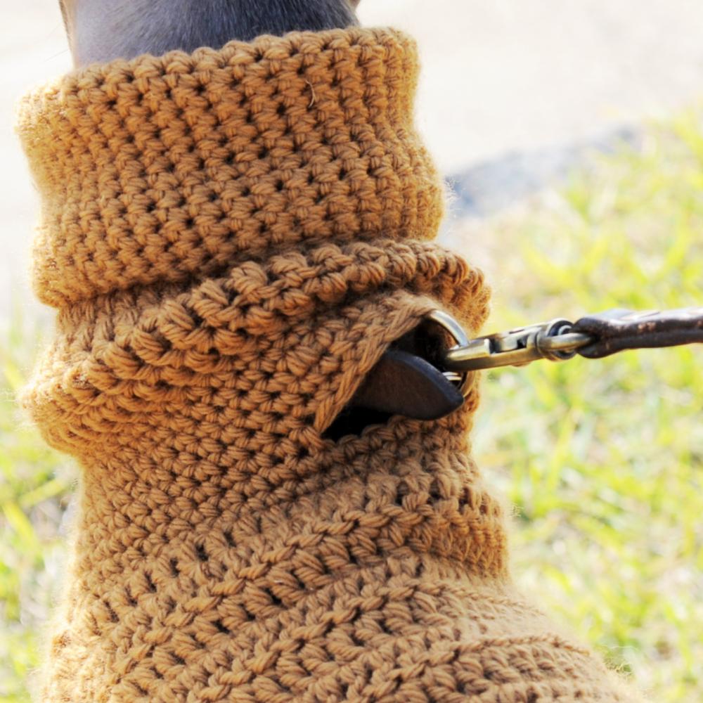 リード穴|イタグレポンチョ|ウール100%の毛糸を編んだ手作りのPoncho「Mother of Yotchan」